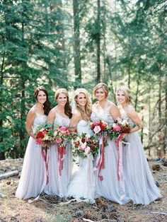 love the bridesmaids in grey