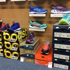 Sale shoes at Advance Performance Cambridge (Womens)