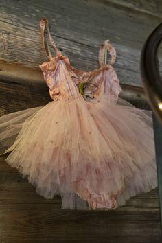 Ballet tutu La Vie Couture: Round Top antiques show Tutu Ballet, Ballerina Dancing, Ballerina Dress, Dance Ballet, Vintage Dresses, Vintage Outfits, Ballet Russe, Vintage Ballet, Vintage Dance