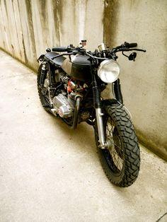 "Ruote Rugginose: ""Canceo Inruzìnio"" Kawasaki z 400 '78"