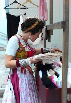 trachtenmarkt by andreaffm Dirndl Dress, Dress Up, German Costume, Cosplay Tutorial, Thrift Fashion, Historical Clothing, Traditional Outfits, Looking For Women, Pretty People
