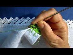 Olá pessoal bem-vindos na aula de hoje vim trazer esse bico de crochê carreira única espero que vocês.