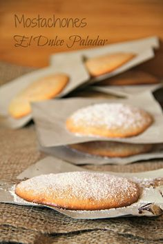 Mostachones para el dia del Dulce Typical Spanish - El dulce paladar Mexican Food Recipes, Sweet Recipes, Cookie Recipes, Christmas Cake Recipe Traditional, Peruvian Desserts, Baking Power, Cooking Cake, Bread Machine Recipes, Food Decoration