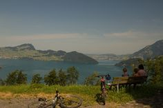 In der Natur unterwegs: Biken am Vierwaldstättersee