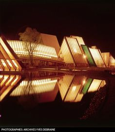 EFFET MIROIR Du 30 avril au 25 octobre 1964, l'Exposition nationale de Lausanne accueille plus de onze millions de visiteurs. Lausanne, Swinging London, Avril, Modernism, Switzerland, Architecture, World, Building, Travel