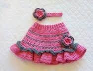 Resultado de imagen para Bordados de bebes Americanos Pinterest Baby Girl Dresses, Baby Dress, Crochet Waffle Stitch, Crochet Skirt Pattern, Kids Fashion, Fashion Outfits, Sweater Design, Knitted Bags, Crochet Baby
