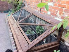 Ian Gooch used pallet wood for an unusual project. This is an enclosure for his wife's tortoises. This is the first tortoise cage anyone has sent me!