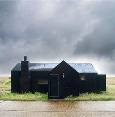 doorsixteen_blackhouses_gelonhanna