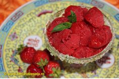 Farfuria vesela: Sorbet de capsune Raspberry, Fruit, Food, Youtube, Sweets, Salads, Essen, Meals, Raspberries