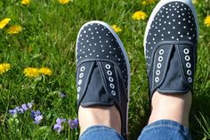 10 Cool DIY Sneakers Pimp Up Projects | Shelterness