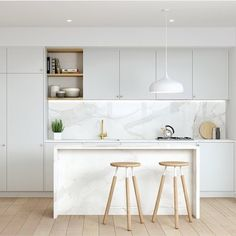 White and bright Loving the use of neutral tones in this kitchen by…