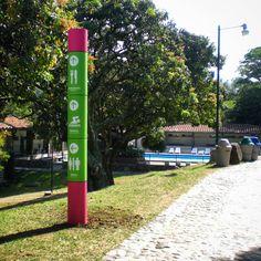 "0 Me gusta, 1 comentarios - EstrategiayEstructura de Marca (@eyemarca) en Instagram: ""Playfull pylon #signage in water park #wayfinding designed by @valenciasanto. #graphicdesign…"""