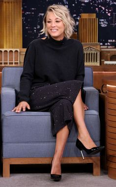 Kaley Cuoco-Sweeting from The Big Picture: Today's Hot Pics  The Big Bang Theory actress gets comfortable on the set of The Tonight Show in New York City.