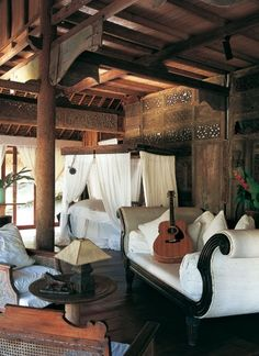 Colonial Indonesian Style #Indonesianstyle #homedecor livestreamasia.com