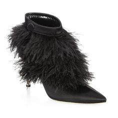 Manolo Blahnik Oterala 90 Feather & Satin Booties (2.921.325 COP) ❤ liked on Polyvore featuring shoes, boots, ankle booties, ankle strap boots, manolo blahnik booties, pointy-toe boots, short boots and vintage booties