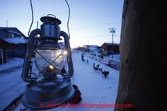 Iditarod - Last Great Race on Earth® Red Lantern, Light In The Dark, Lanterns, Racing, Earth, Alaska, Studio, Running, Auto Racing