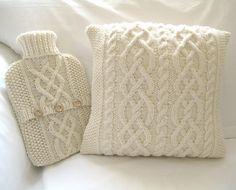 Neulottuja tyynyjä