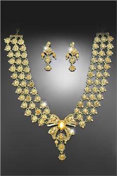 Fantástico Conjunto de Joyería Dorado de Novia con Diamantes de Imitación (Incluye Collar y Pendientes)