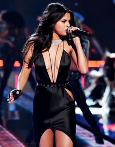 Selena Gomez performing at VSFS 2015.