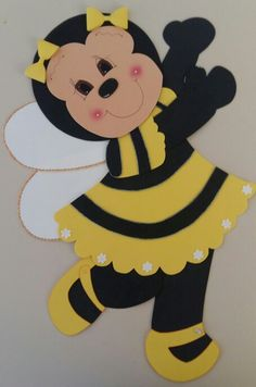 Abelha eva Bee Template, Crafts For Kids, Arts And Crafts, Bee Cards, School Decorations, Preschool Art, Queen Bees, Cute Drawings, Happy Easter