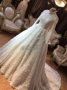 Wedding Dressses, Muslim Wedding Dresses, Bridal Dresses, Wedding Gowns, Muslim Brides, Wedding Hijab, Muslim Girls, Wedding Cakes, Bridal Hijab