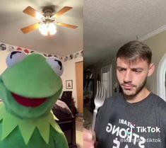 Funny Videos Clean, Funny Minion Videos, Crazy Funny Videos, Funny Videos For Kids, Funny Video Memes, Crazy Funny Memes, Really Funny Memes, Funny Relatable Memes, Funny Vidos