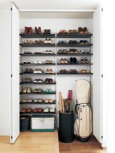 Shoe Cabinet Entryway, Shoe Cupboard, Hallway Storage, Cupboard Storage, Wall Storage, Japanese Modern House, Space Saving Kitchen, Outdoor Flooring, Interior Garden
