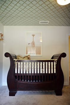 Project Nursery - White and Gold Trellis Wallpaper Used on the Ceiling