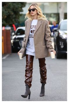 Street Style Outfits, Look Street Style, Mode Outfits, Model Street Style, Street Style Women, Blazer Outfits, Casual Outfits, Shirt Outfit, Steal Her Style