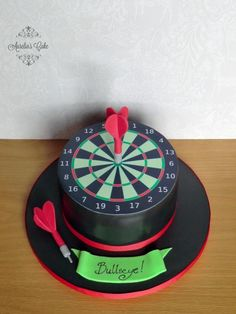 Dart board cake - Cake by Aurelia's Cake Birthday Cakes For Men, Birthday Parties, Pool Table Cake, Fun Food, Good Food, Fab Cakes, Cupcake Cakes, Cupcakes, Dart Board