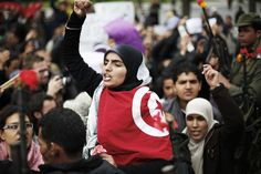 Femmes et hommes, Tunisiennes et Tunisiens...  http://photo.europe1.fr/infos/international/les-tunisiennes-veulent-aussi-leur-revolution930620-384663/6929125-1-fre-FR/Les-Tunisiennes-veulent-aussi-leur-revolution930620_scalewidth_630.jpg