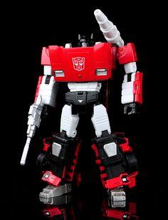 Transformers Masterpiece MP-12 Lambor (Sideswipe)