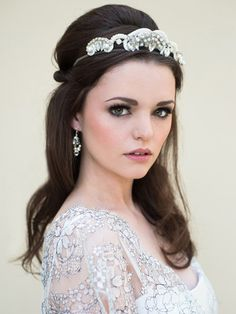 Harlow bridal headpiece