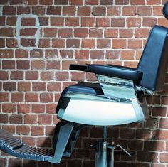 barber chair vintage style