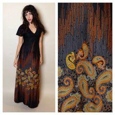 70's BOHO MAXI DRESS - paisley - black and orange - short sleeves - v neck - small