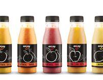 Enjoy smoothie and juice by Emir Rifat ISIK, via Behance Smoothie Mix, Smoothie Drinks, Smoothies, Juice Branding, Juice Packaging, Yogurt Brands, Honey Spoons, Kids Bottle, Label Shapes