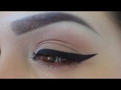 winged eyeliner tutorial - YouTube