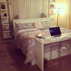 Desk for a footboard