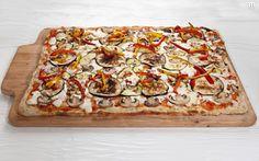 Vegeteriana Pizza  BrunchyRisto Athens Smartpark italian restaurant pizza Athens, Vegetable Pizza, Quiche, Restaurant, Vegetables, Breakfast, Food, Morning Coffee, Diner Restaurant