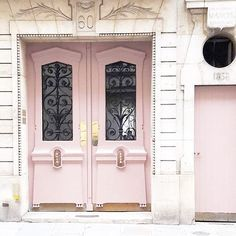 Pink doors // In need of a detox? Get 10% off your @SkinnyMeTea 'teatox' using our discount code 'Pinterest10' at http://skinnymetea.com.au