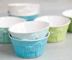 The product Lill-Sven, small bowl is sold by Mia Blanche Keramik in our Tictail store.  Tictail lets you create a beautiful online store for free - tictail.com