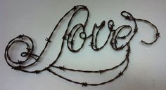 AMOR, escultura de arte, alambre de púas, colgante de pared, monograma de alambre, alambre, monograma de alambre de púas de alambre