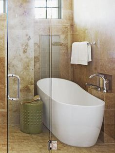 The tub inside the #HGTV 2013 #SmartHome automatically shuts off when it's full #hgtvmagazine http://www.hgtv.com/smart-home/look-inside-hgtvrsquos-2013-smart-home/pictures/page-9.html?soc=pinterest