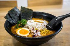 Фо и рамэн – популярные блюда с лапшой, но можете ли вы различить их? Ароматный бульон , лапша с начинкой и различные начинки делают эти супы очень похожими....