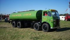 Please feel free to share and of course please do add your friends to our Bonkers Group :) Classic Trucks, Classic Cars, Cab Over, Commercial Vehicle, Tow Truck, Old Trucks, Old Cars, Brewery, Tractors