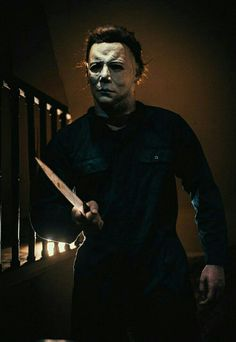 Michael Myers is returning to the big screen on October Best Halloween Movies, Halloween Film, Halloween Horror, Cuadros Star Wars, Slasher Movies, Arte Horror, Horror Art, Tattoos Skull, Horror Icons