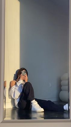 Girl Photo Poses, Girl Photography Poses, Girl Photos, Teen Photo Shoots, Teenage Girl Photography, Emotional Photography, Concept Photography, Summer Photography, Instagram Pose