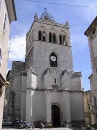 La cathédrale (un évêque jusqu'en 1276 puis de 1687 à 1790)