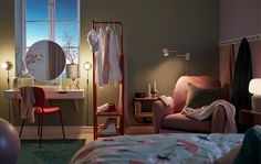 Tips til avslappende rutiner for en god natts søvn - IKEA Ikea Interior, Best Home Interior Design, Autumn Lights, Spare Room, Bedroom Sets, Bedrooms, Home Furnishings, Bedroom Furniture, Living Spaces