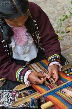 Weaver. Cusco Peru